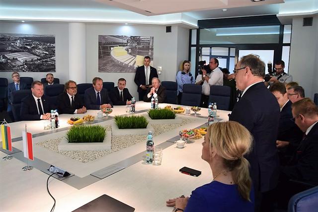 LR-Premjeras-susitinka-su-suvalku-prezidentu-saltinis-suvalku-miesto-portalas